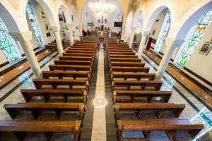Nowe ławki w kościele - 05.10.2019